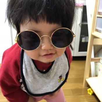 ママのサングラス
