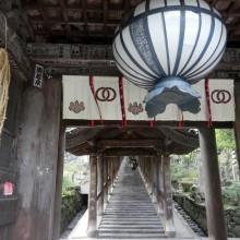 どしゃ降りで行き先を変更。奈良の長谷寺へ。