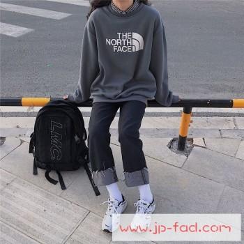 カップルにおすすめしたいブランドトレーナ♡秋冬に重宝したい人気商品!