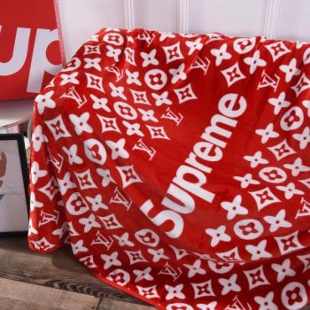 supreme lvコラボ毛布 Supreme ラグマット シャネル iPhone11 proケース 花柄
