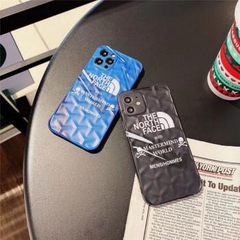 大人の落ち着きあるおしゃれなブランドiPhoneケースお勧め♪