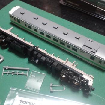 鉄道模型の整備を開始。