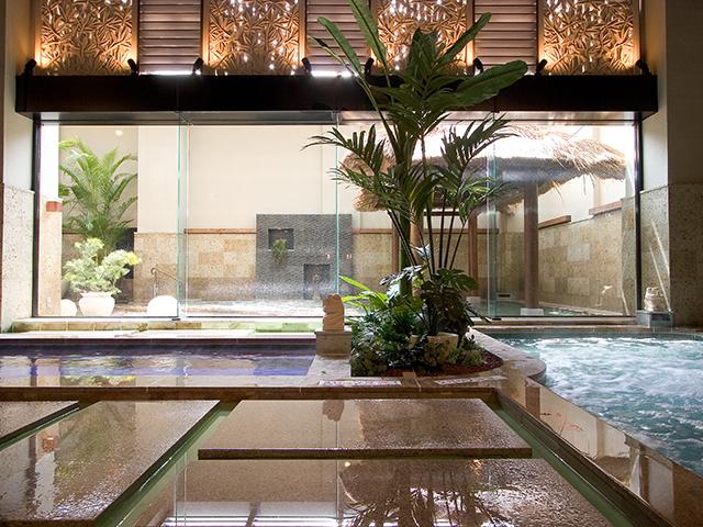福岡県北九州市の温浴施設「天然温泉 美人の湯・華の湯ヒブラン」