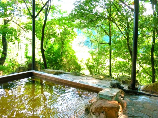 休みの日は郊外の温泉へ!山間にある福岡の温泉7選