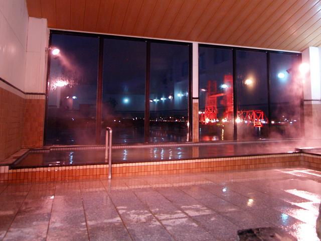 福岡県大川市の温浴施設「大川昇開橋温泉」