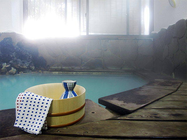 """テレビでよく見る""""アレ""""ができる!露天風呂で〇〇を楽しめる旅館5選"""