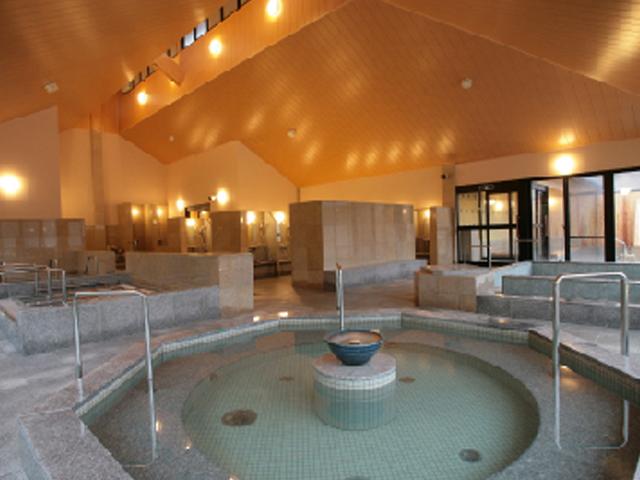 佐賀県神埼郡吉野ヶ里町の温浴施設「ひがしせふり温泉 山茶花の湯」
