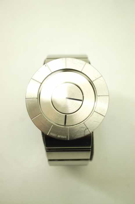 ISSEY MIYAKE×吉岡徳仁(イッセイミヤケ) 「SILAN001」VJ20-0010 クオーツ腕時計 ウォッチ メンズ 腕時計