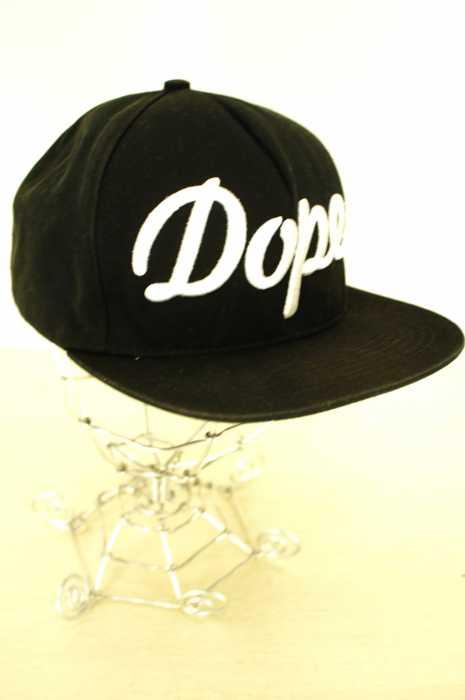 Stampd' LA (スタンプドエルエー) DOPE 刺繍キャップ メンズ 帽子