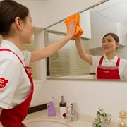 洗面所鏡のお掃除