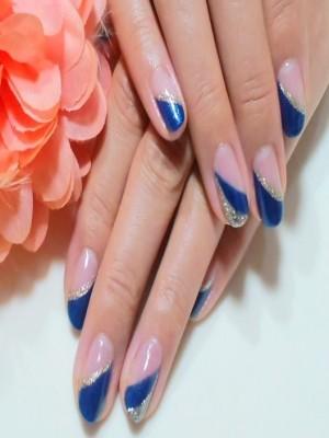 濃紺×シルバーのダブルフレンチ風ネイル