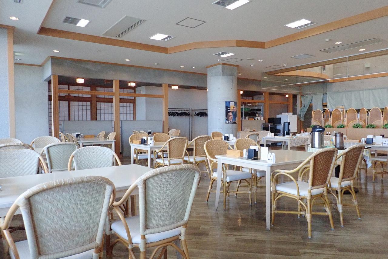 レストラン「風夢」(道の駅風Wとままえ内)