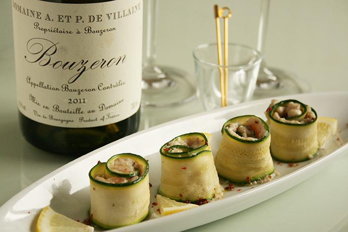 旬の夏野菜を使ったおつまみレシピ!ズッキーニと挽肉のルラード