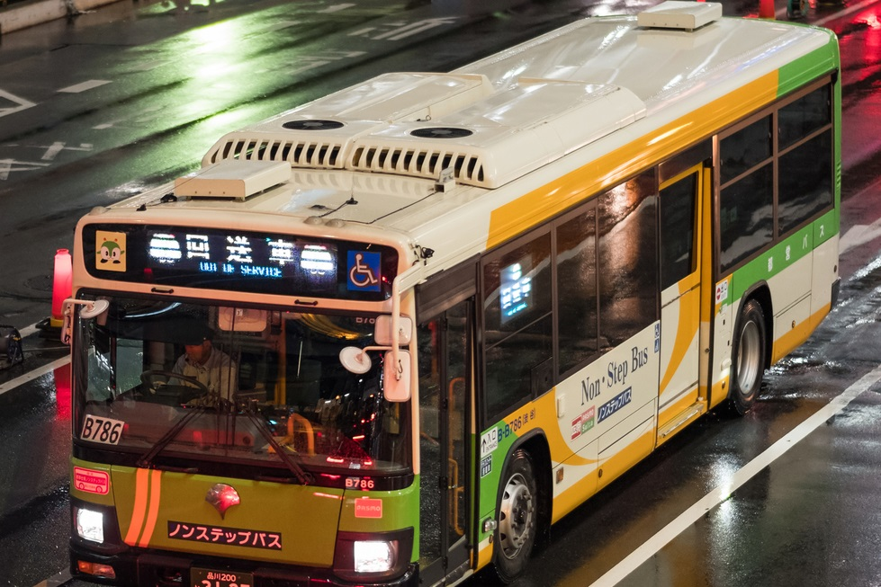 The Amazing Buses Of Japan Like The Night Bus Yabai The Modern Vibrant Face Of Japan
