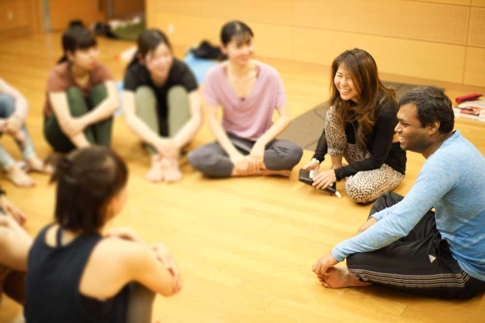 Prabhu Yoga(プラブヨガ)名古屋レッスン風景