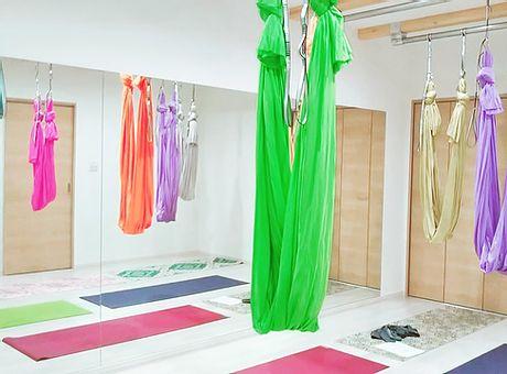 Yoga&Fitness PLESANT (プレザント)のスタジオ風景