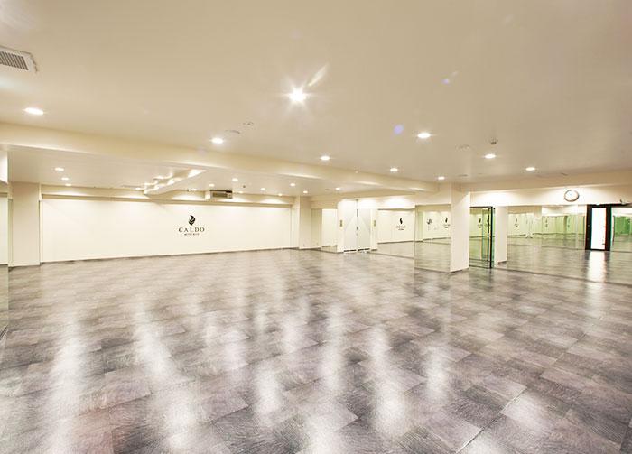 ホットヨガ&ジムCALDO(カルド)三ッ境店のスタジオ風景