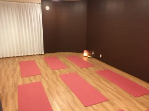 YOGA AMA (ヨガアマ)のスタジオ風景