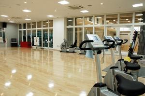 品川区総合体育館のトレーニング室