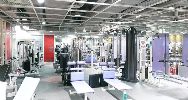 コナミスポーツクラブ 五反田店のスタジオ風景