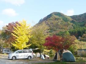 鬼怒川温泉オートキャンプ場のオートキャンプ風景