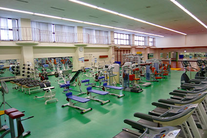 大蔵第二運動場トレーニングルームのジム風景