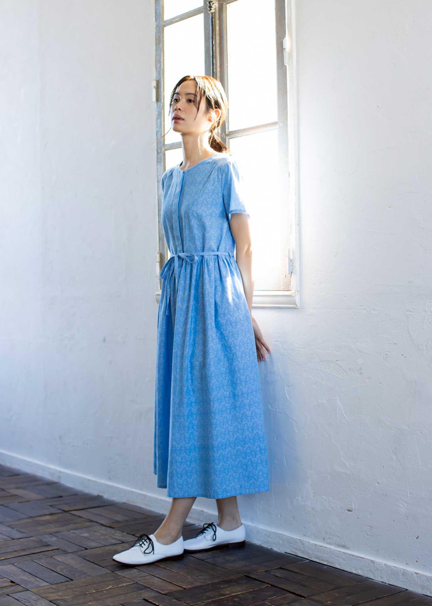 手織りジャカードチェリー柄半袖ドレス