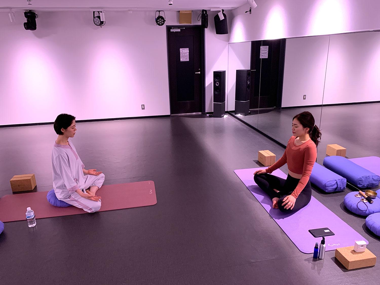 ハピヨガ 瞑想