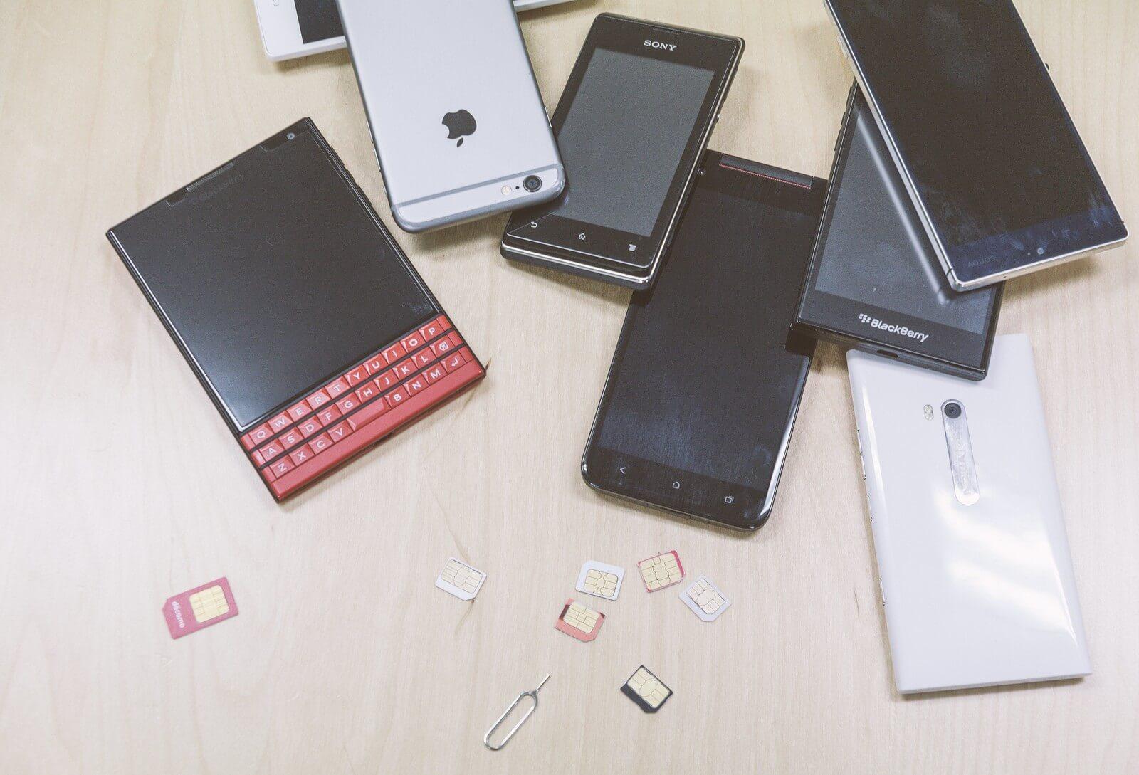かけたい放題アプリをインストールしたiPhoneとアンドロイド端末