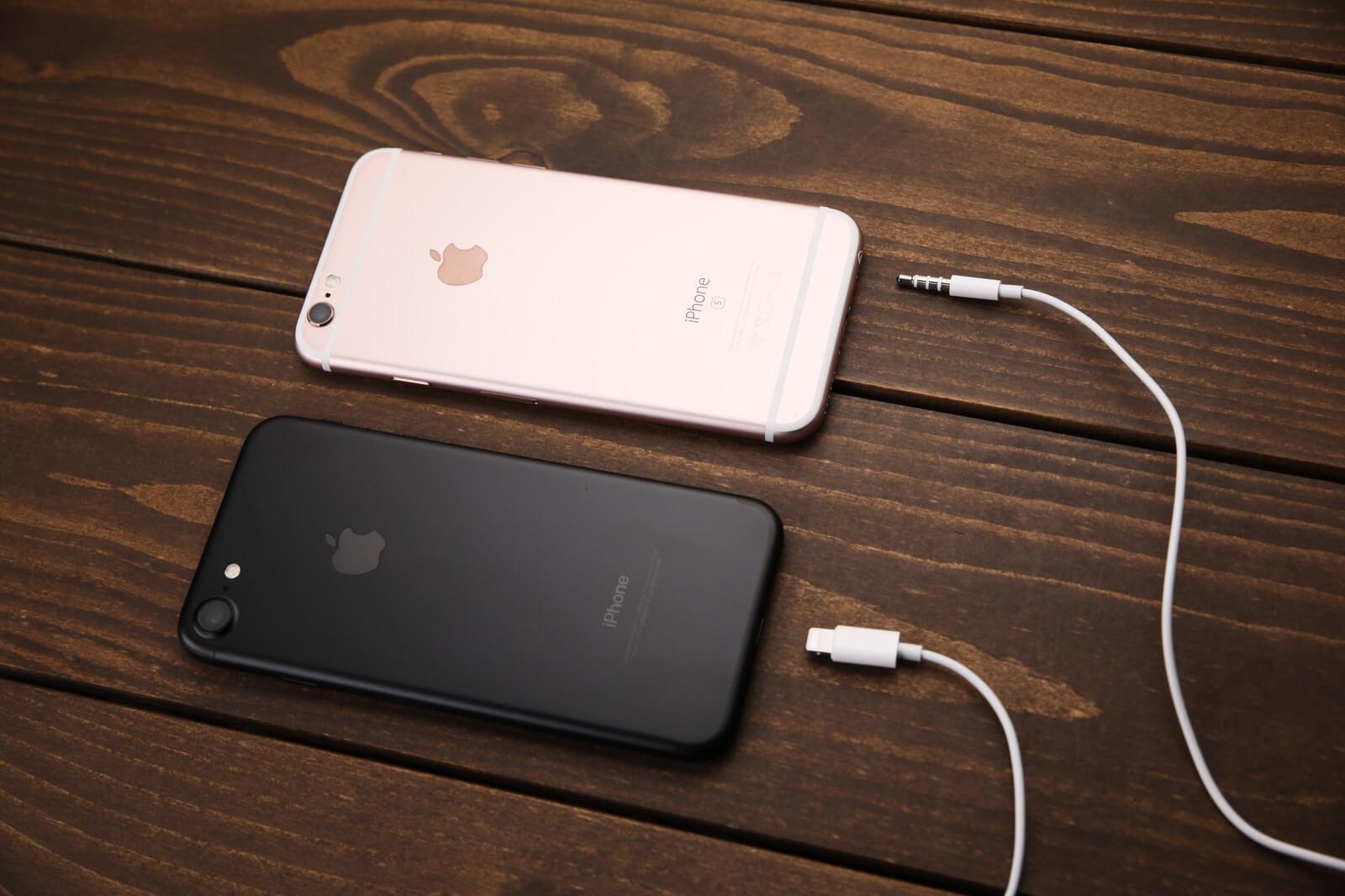 ドコモ系MVNOの2台のiPhone