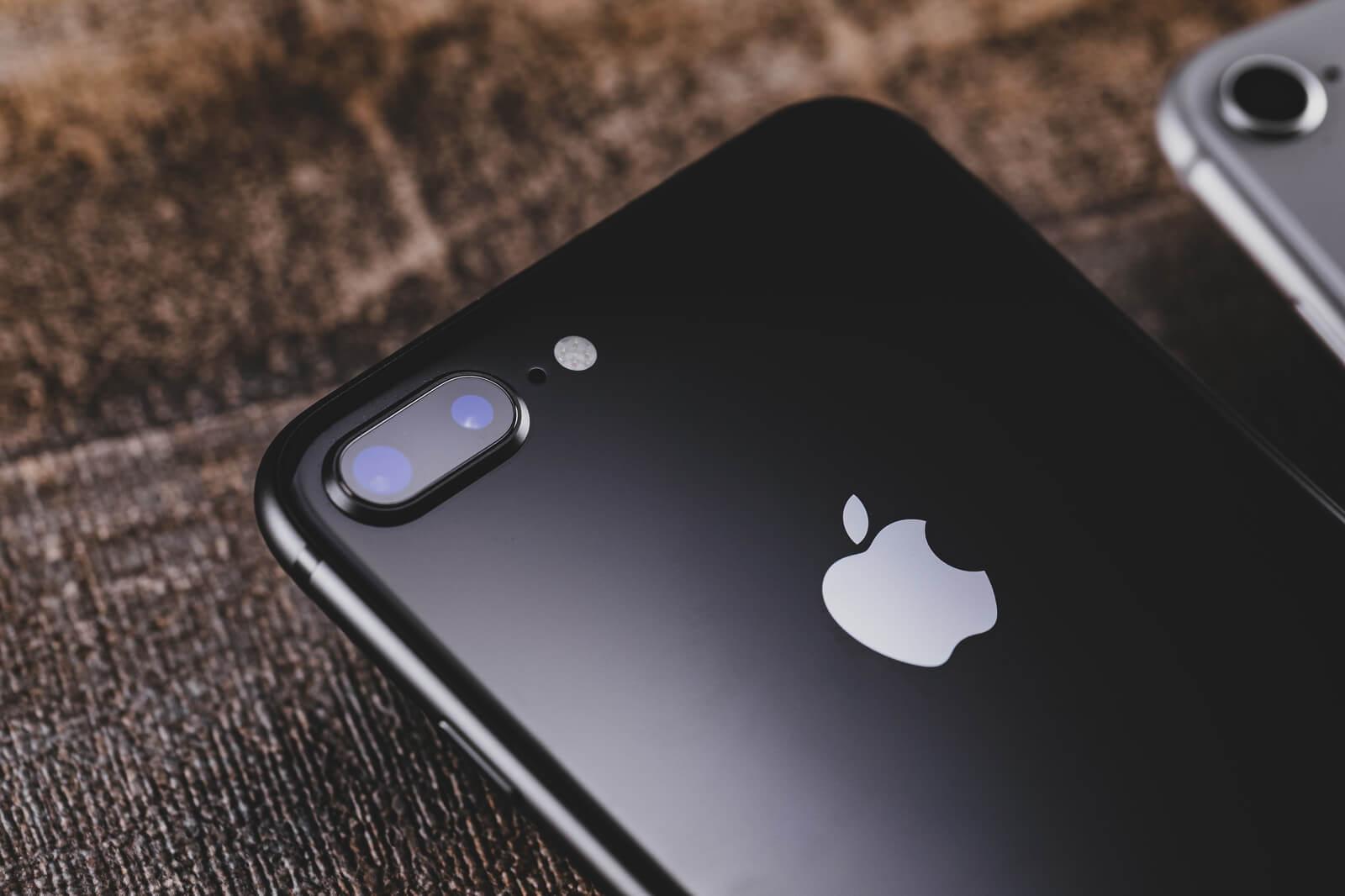 iPhone8黒