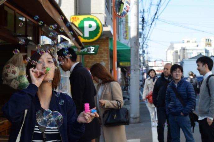 【谷根千でお散歩】最後の運だめしをスパイスに!春の東京下町食べ歩きデート!
