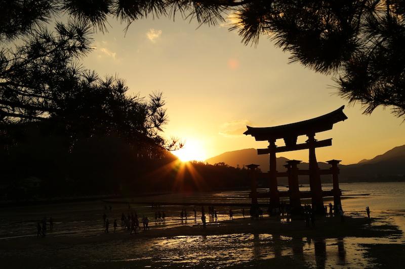 厳島神社1s