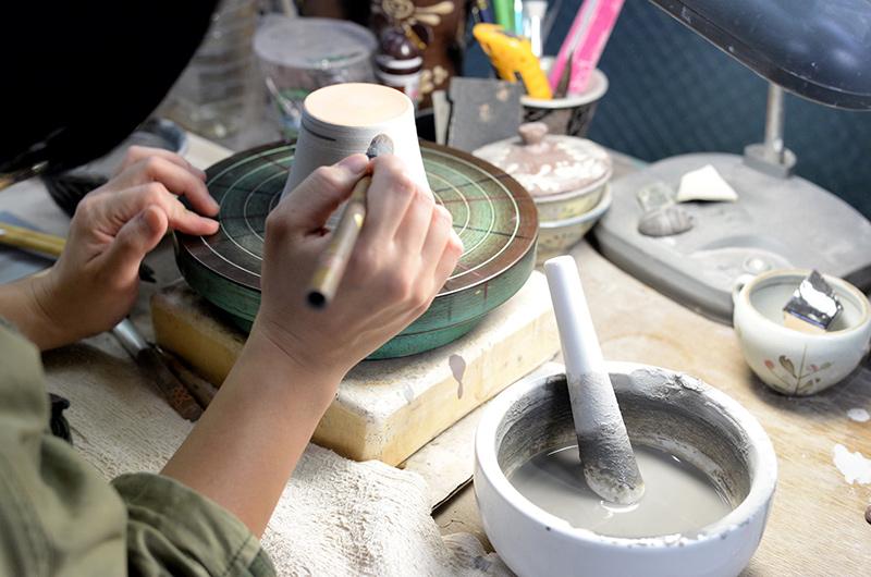 沖縄土産にオリジナルの焼き物はいかが?国際通り近くの観光名所「壺屋やちむん通り」をご紹介!