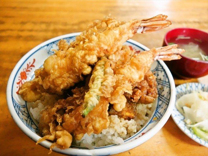 【コスパ抜群!】ランチ激戦区、神田駅周辺のグルメを全力で紹介してみたいのですが?