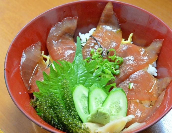 ネギトロ丼(500円)