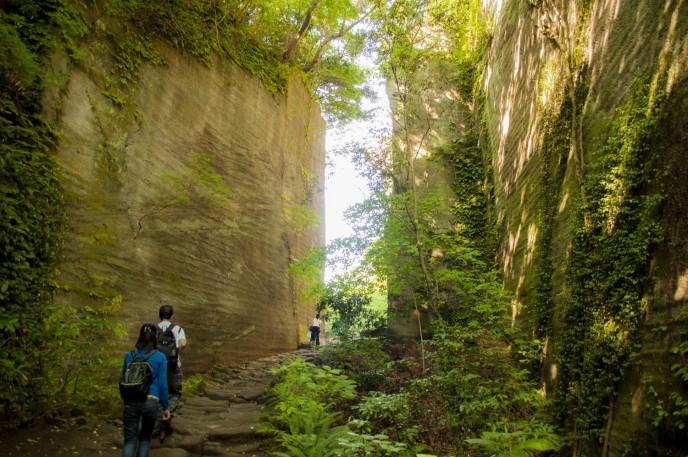 「地獄のぞき」から日本一の大仏まで!千葉県にある「鋸山」の絶景スポットに行ってきた。