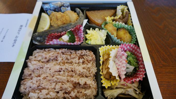 源流弁当は小菅村の特産品がたっぷり!