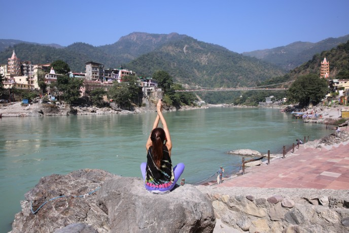 ヨガの聖地、インドの「リシケシュ」で運動音痴アラサーがヨガ修行してきた