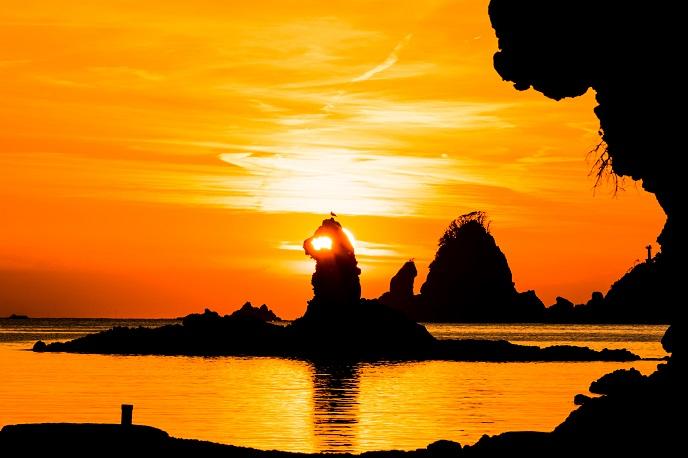 2 大田子海岸からの夕陽(688)