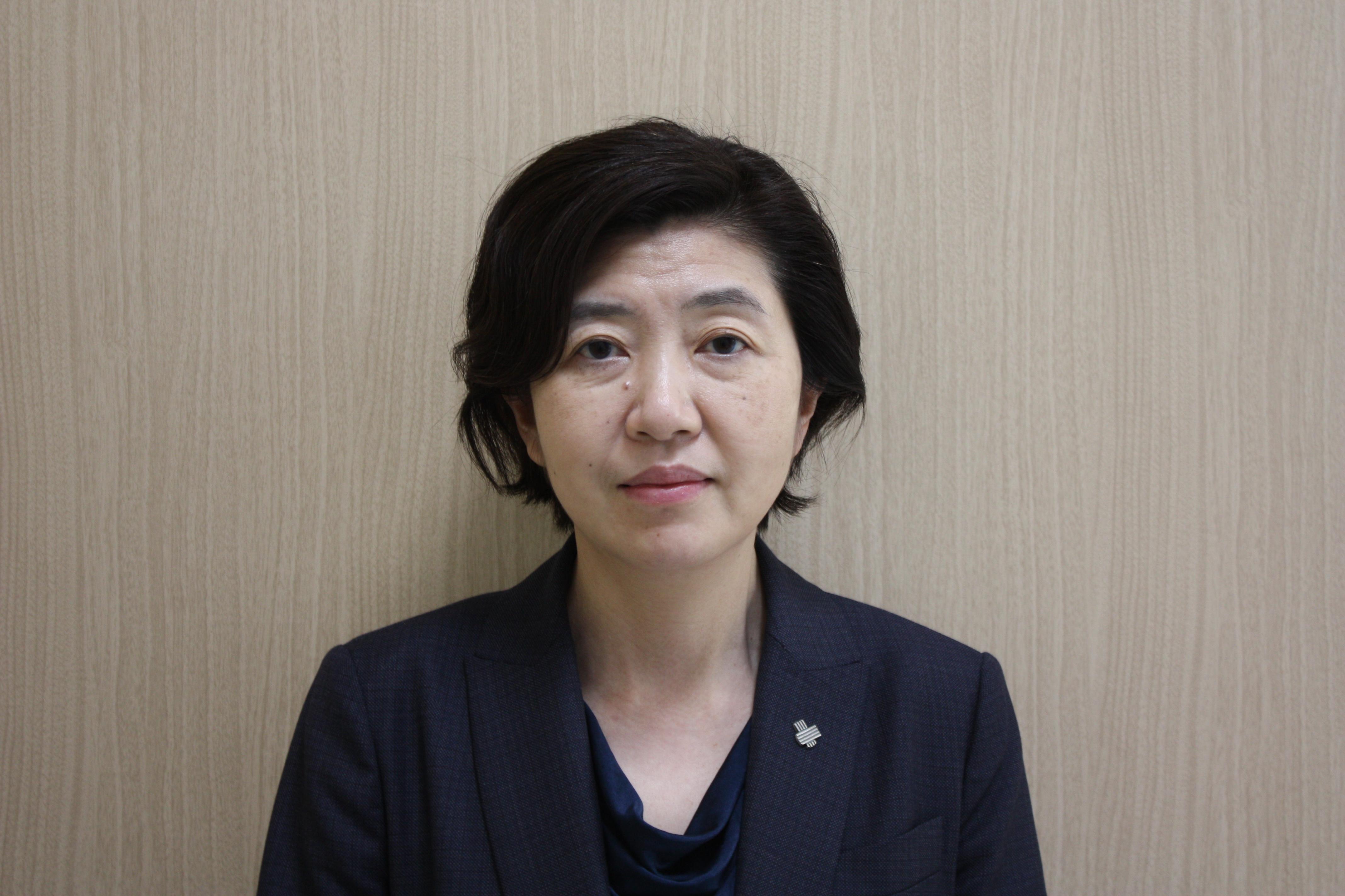 古屋寿美子