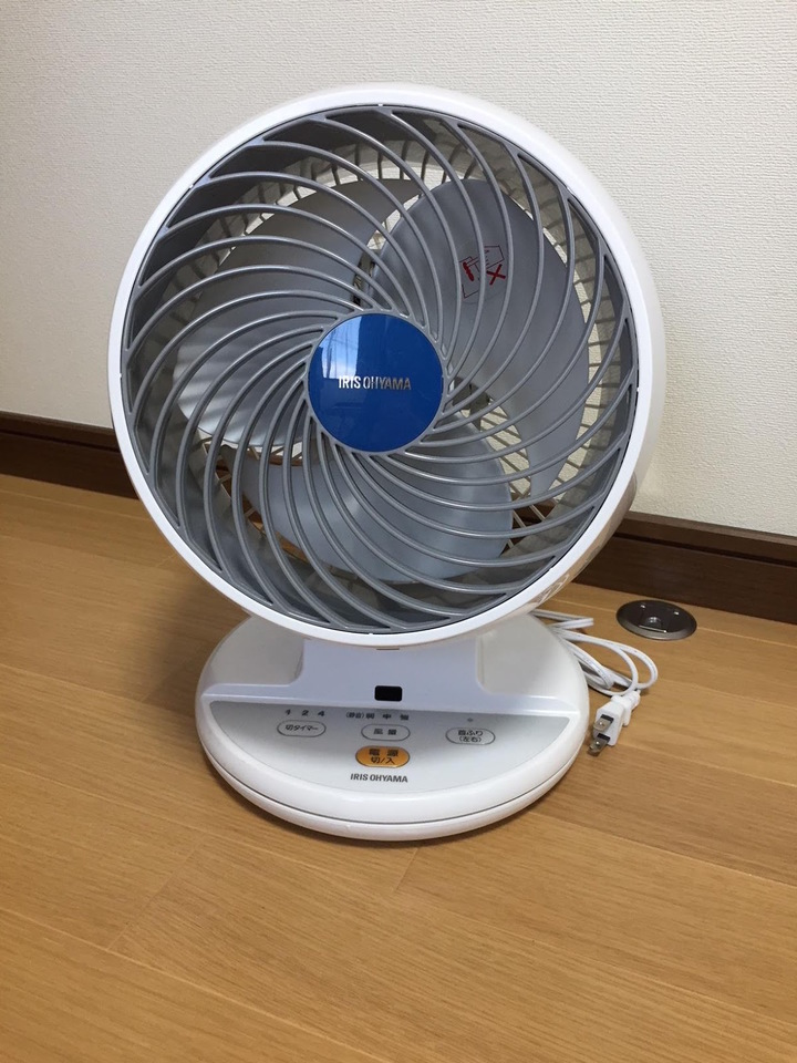 サーキュレーターとは何?扇風機との違いやエアコンとの併用方法とは