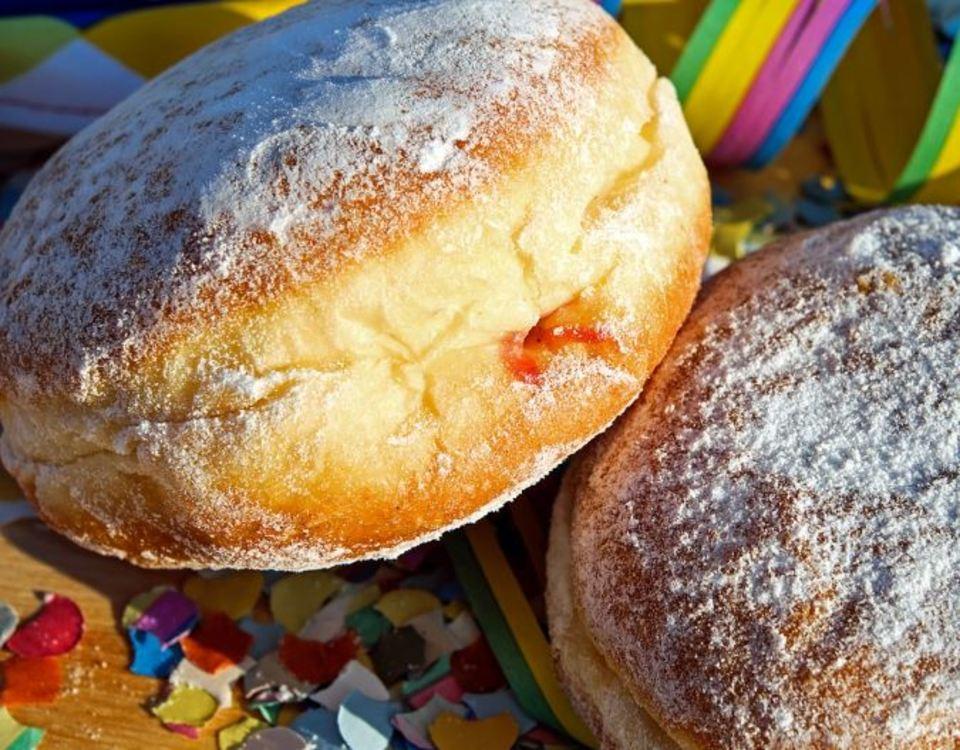 餅つき機でパン生地をこねる/作る方法!ホームベーカリーとの違いは?