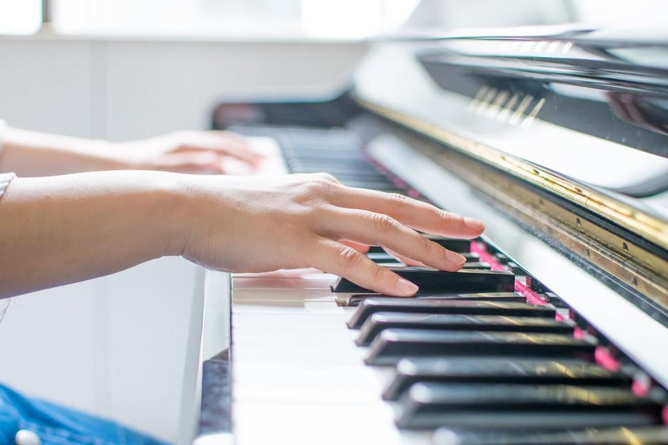 電子ピアノにおすすめのヘッドホン5選!子供用は?ワイヤレスはだめ?