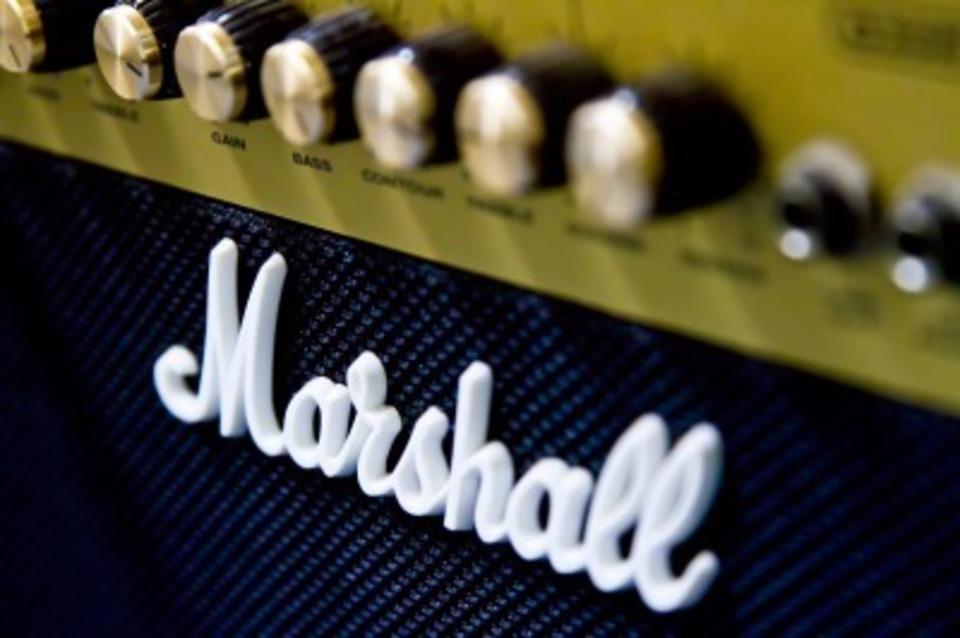 アンプとスピーカーの違いを解説!ギターアンプはスピーカーなの?
