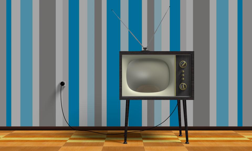テレビの延長コード・ケーブルを解説!アンテナ線やコンセントの電源を延長!