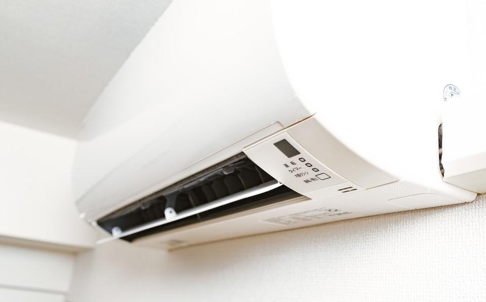 エアコンのエアパージについて解説!DIYの方法や手順も徹底紹介!