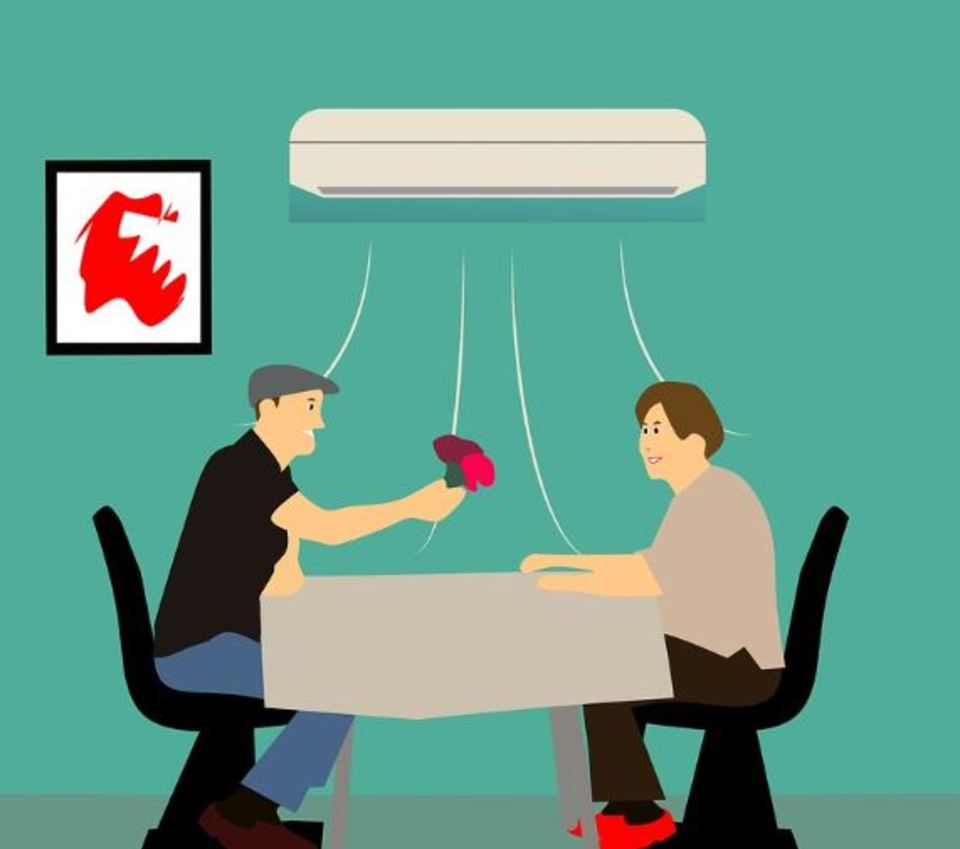 エアコンがプシューと止まる原因と対策を解説!冷房でも止まる?