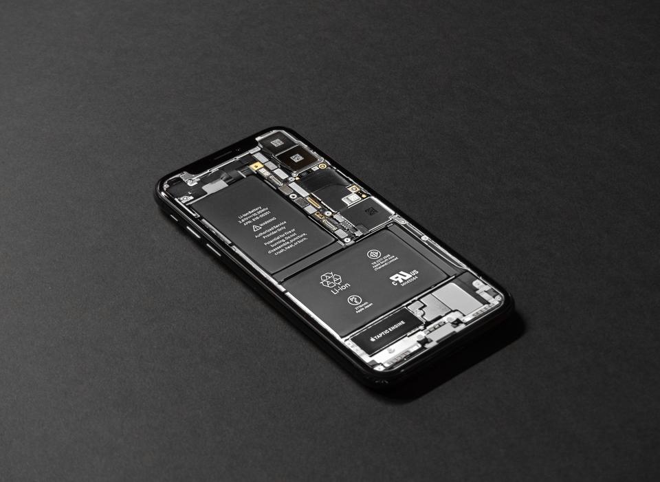 ゆうパックで電池やリチウム電池は送れる?リチウム電池の注意点とは