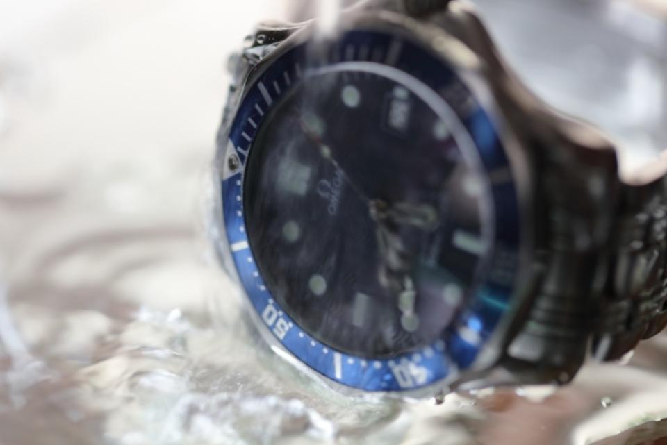 5気圧防水とは?プールやお風呂には入れる?おすすめ腕時計も紹介
